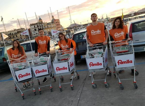 Attività di street marketing per Famila Campania