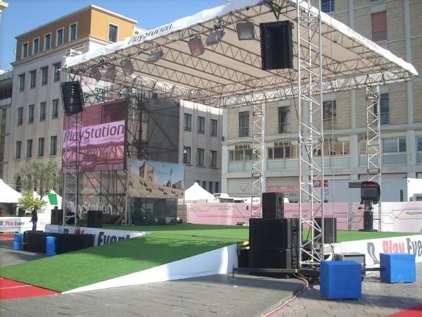 """Realizzazione allestimenti per """"D Play Event"""" Sony – Lecce"""